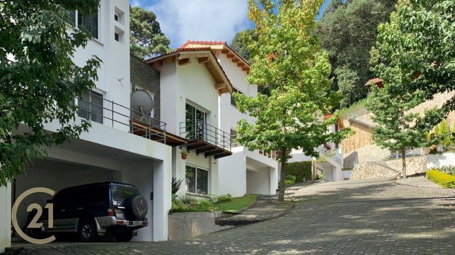 Casa de tres dormitorios en Venta en Labor de Castialla