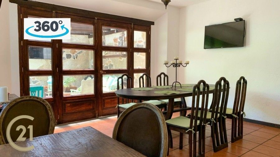 Seven bedroom Home For Sale In Central Antigua
