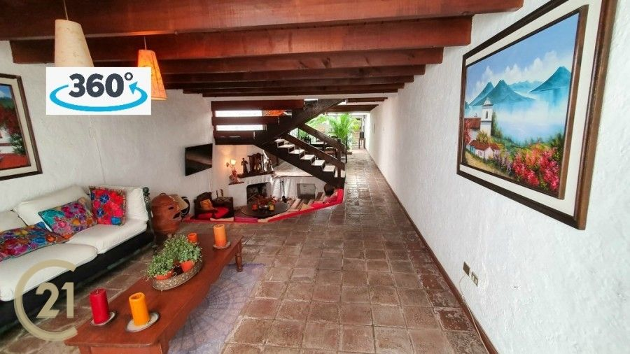 House For Sale in the Heart of Antigua Guatemala
