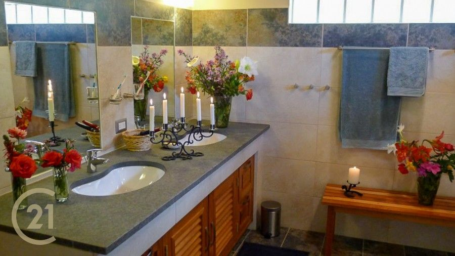 HMSC 3rd level Bathroom 1-0