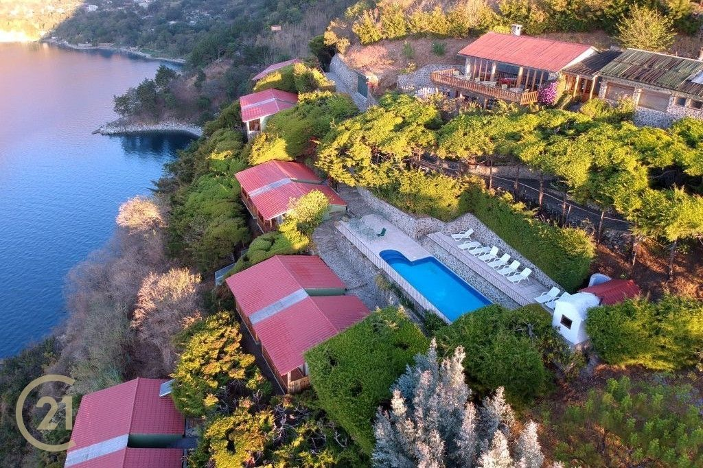 Boutique Hotel/Retreat For Sale Turnkey in Tzununa with outstanding views