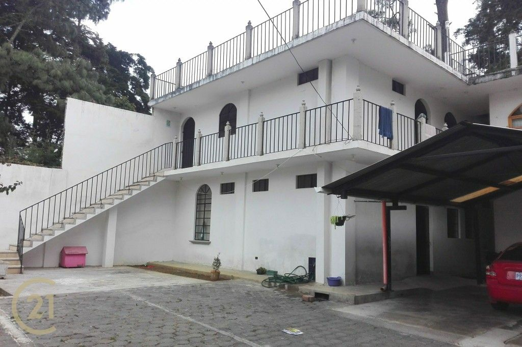 12 Bedroom House in San Lucas Sacatepequez