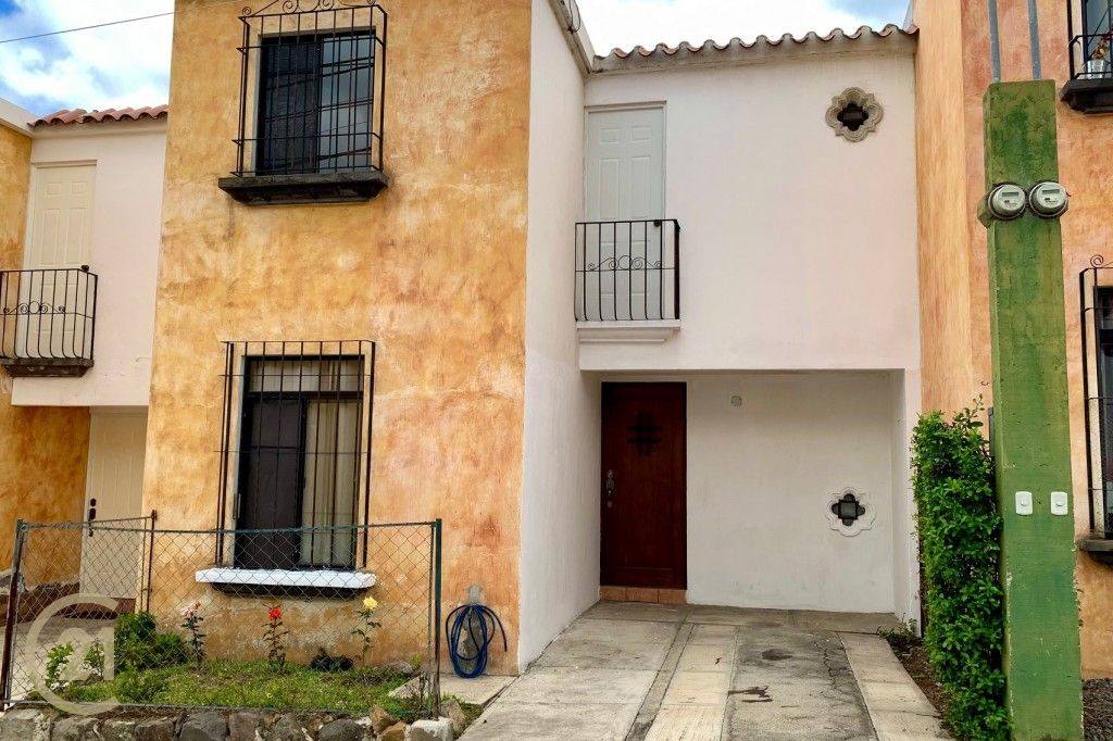 House for Sale in San Miguel Escobar