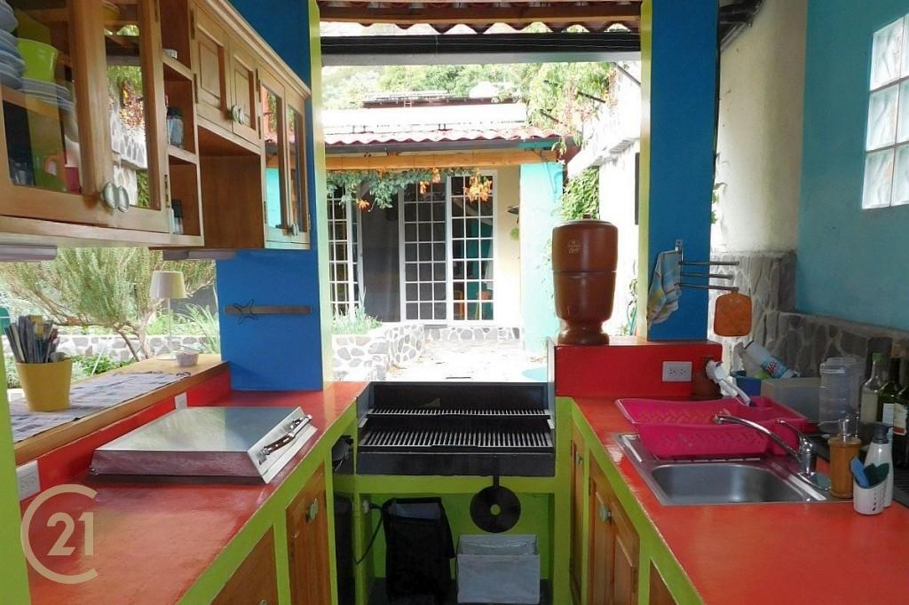 SJ Outdoor Kitchen area 1-2