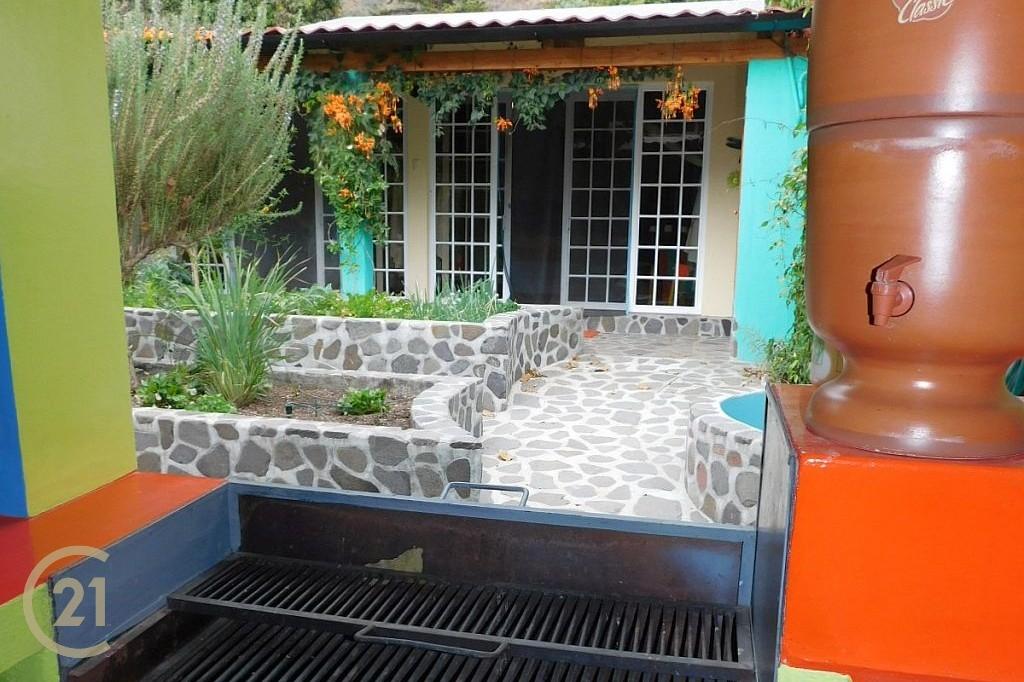 SJ Outdoor Kitchen area 1-5