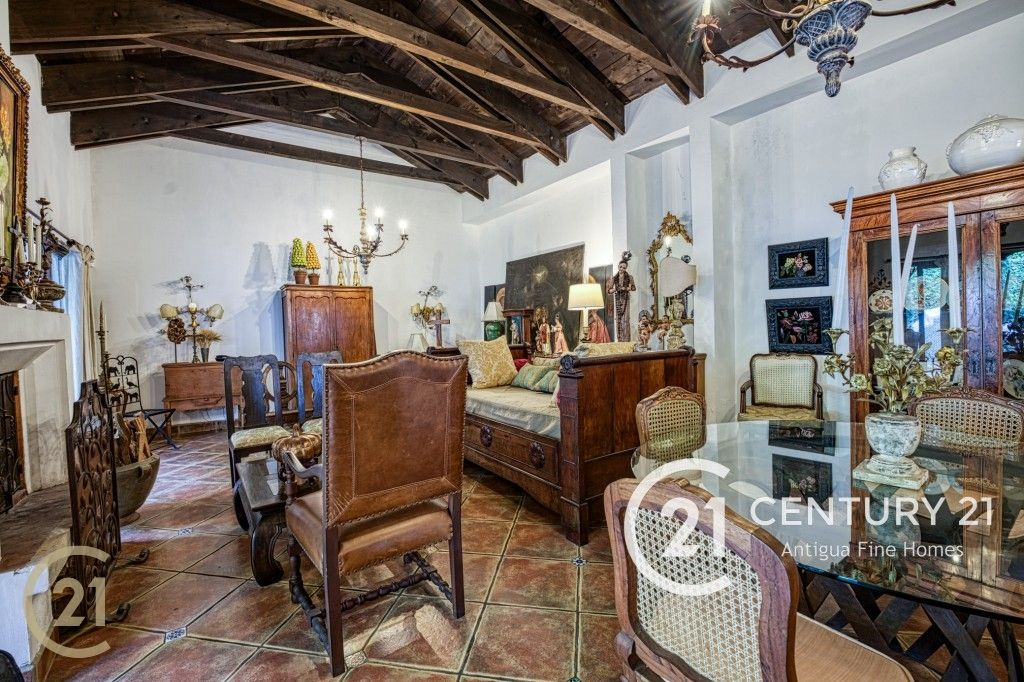 Casa de 3 dormitorios en Antigua - Condominio