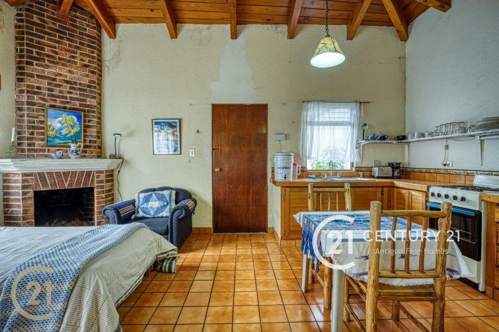 Oportunidad de Inversion - Casa en Venta en Antigua