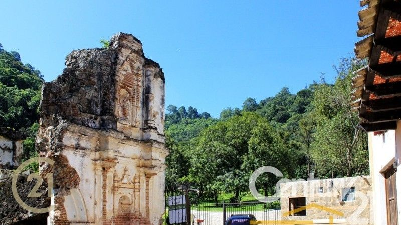 Lot for sale in Antigua Guatemala