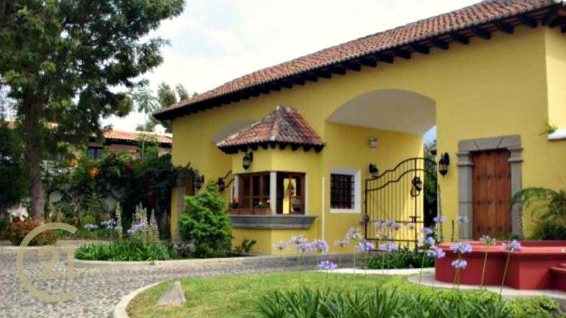 New Open Floor Plan Home For Sale in La Serenisima