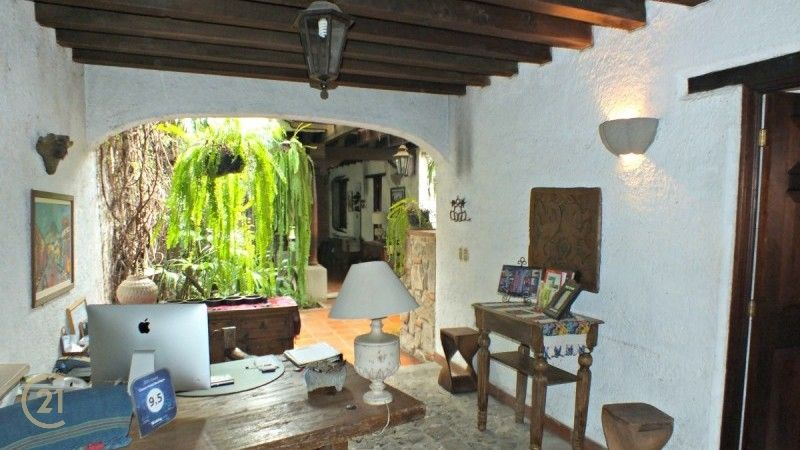 Great Oportunity - Property for Sale in the Heart of La Antigua