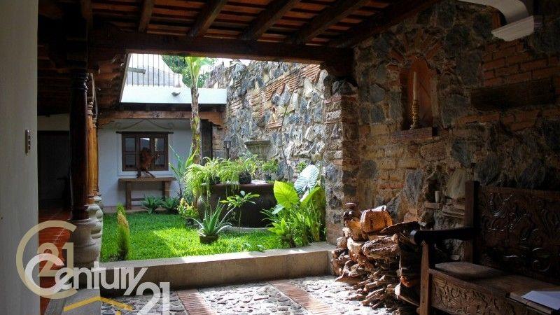 5 Bedroom house in Hacienda Del Comendador