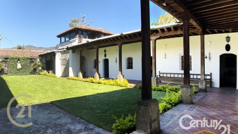 Colonial House for Sale in the Heart of Antigua
