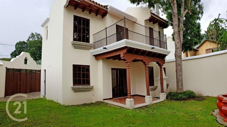3 Bedroom House / Brand New in San Pedro el Alto