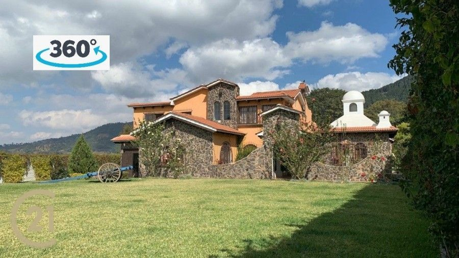 Luxury Home In Santa Lucia Milpas Altas