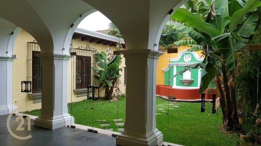Large 2 Bedroom Home - Central Antigua