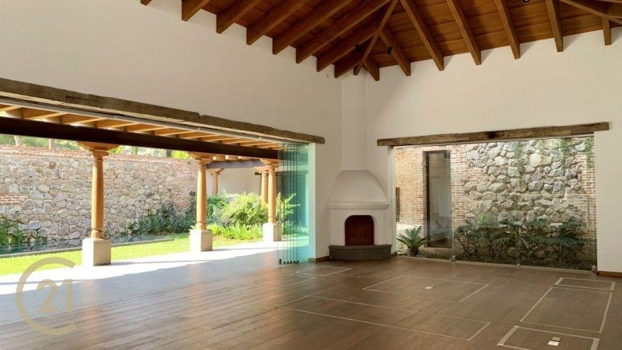 Las Jacarandas Antigua Guatemala. House For Sale