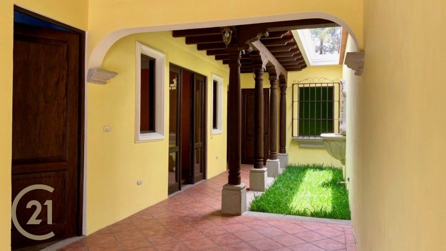 Two bedroom home for Sale in Dueñas