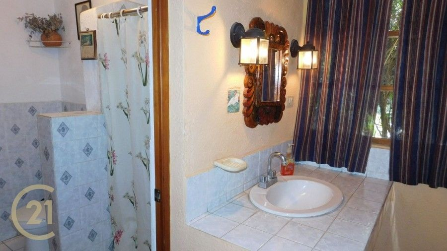 PR LG Bathroom 1-0