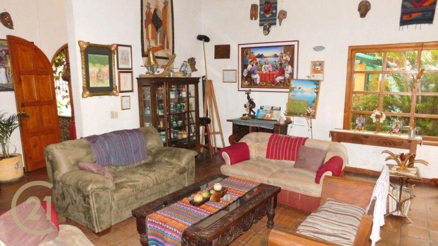 RP Living Room 1-2